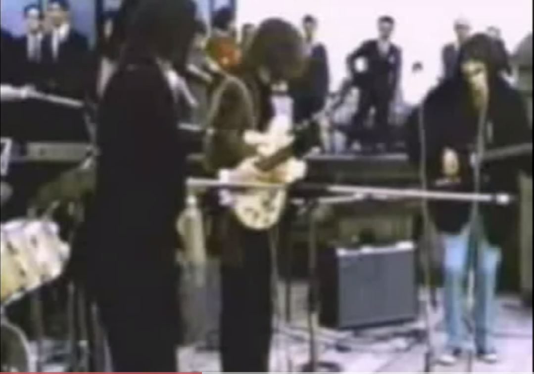 Black Beatles (Beatles vs. Black-Eyed Peas vs. Ludacris vs. Kelis) – By Mashup Loo & Placido