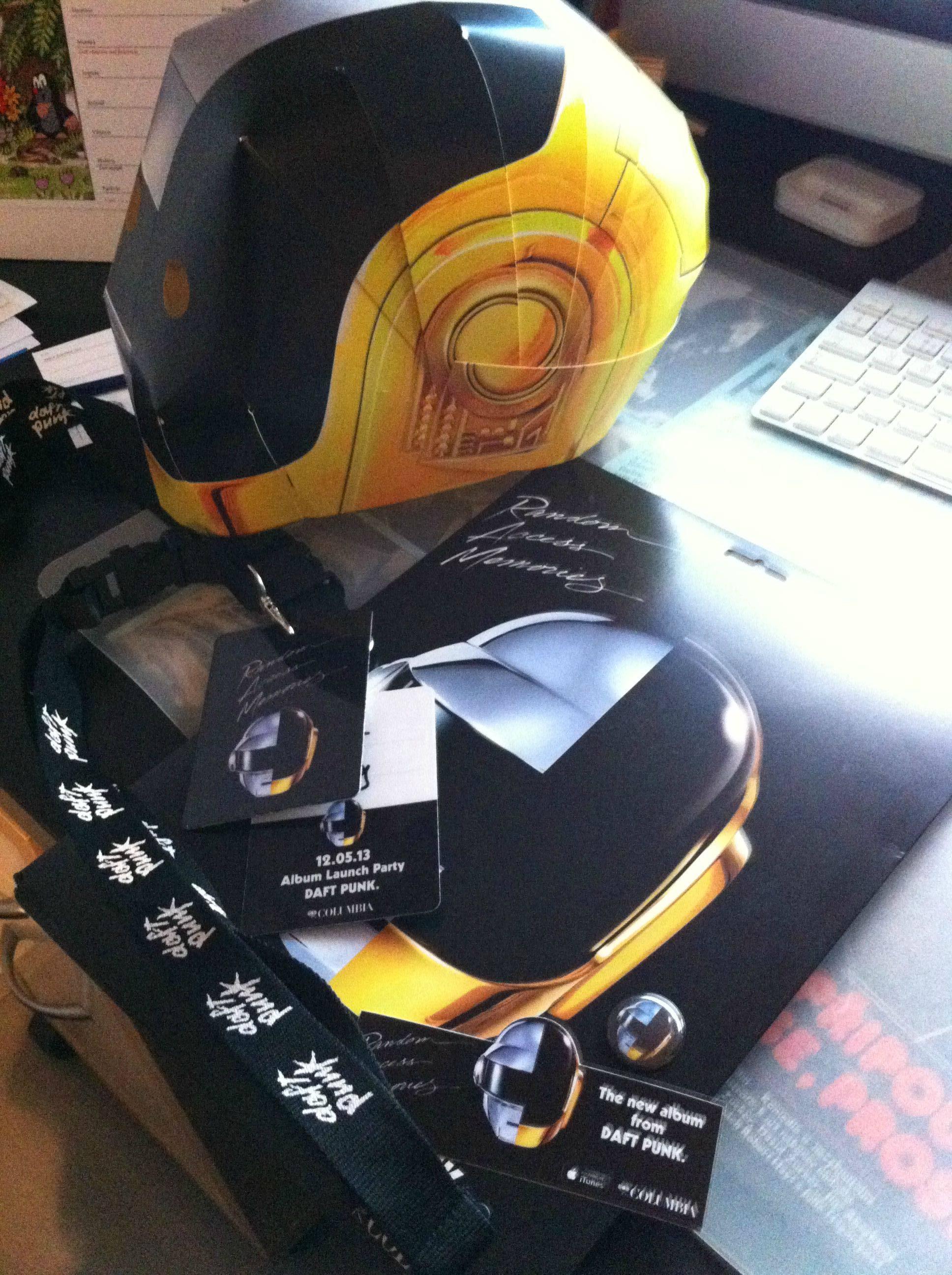 Make a Daft Punk Helmet